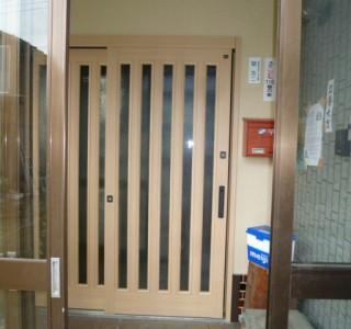 玄関ドア交換工事のリフォーム後画像
